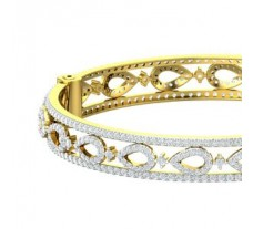 Natural Diamond Bangles 7.49 CT / 29.51 gm Gold