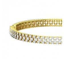 Natural Diamond Bangles 4.59 CT / 20.75 gm Gold