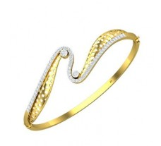 Natural Diamond Bracelet 0.784 CT / 13.85 gm Gold
