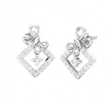 Natural Diamond Earrings 0.40 CT / 3.20 gm Gold