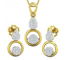 Diamond Pendant Half Set - 0.39 CT / 4.06 gm Gold