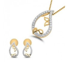 Diamond Pendant Half Set - 0.31 CT / 3.45 gm Gold