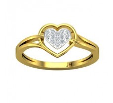 Natural Diamond Heart Ring 0.10 CT / 2.50 gm Gold