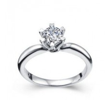 Diamond Solitaire Ring 0.25 CT / 2.25 gm Gold