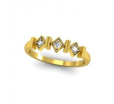 Natural Diamond Ring 0.09 CT / 2.00 gm Gold