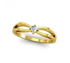 Natural Diamond Ring 0.07 CT / 2.54 gm Gold