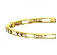 Natural Diamond Bangle 0.90 CT / 15.20 gm Gold