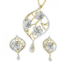 Diamond Pendant Half Set - 4.06 CT / 21.16 gm Gold