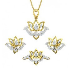 Diamond Pendant FullSet - 0.93 CT / 9.57 gm Gold