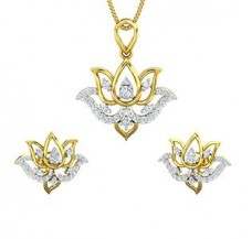 Diamond Pendant Half Set - 0.81 CT / 6.39 gm Gold
