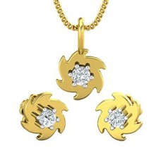 Diamond Pendant Half Set - 0.19 CT / 3.10 gm Gold