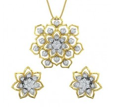 Diamond Pendant Half Set - 1.33 CT / 9.02 gm Gold