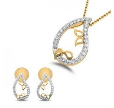Natural Diamond Pendant Half Set - 0.31 CT / 3.45 gm Gold