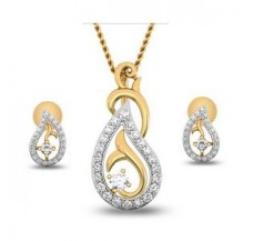 Natural Diamond Pendant Half Set - 0.44 CT / 3.05 gm Gold