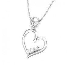 Diamond Heart Pendant 0.11 CT / 1.20 gm Gold